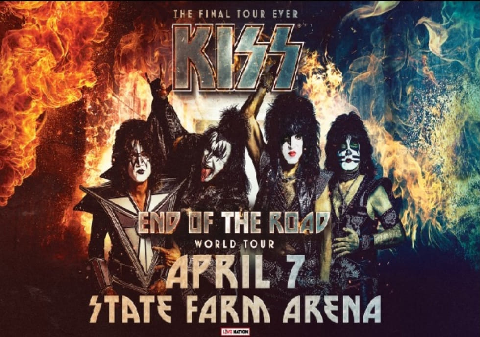 KISS - official clip & fan filmed videos from the State Farm